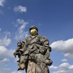Statue auf der Alten Mainbrück in Würzburg
